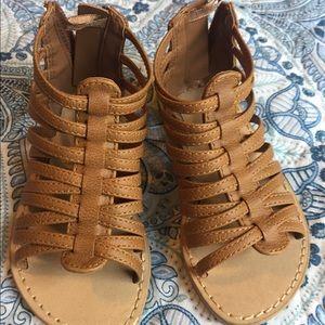 Toddler size 6 gladiator style sandal